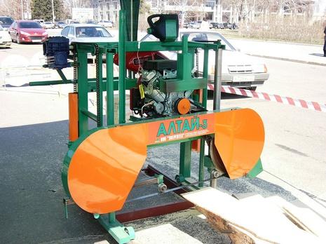 Ленточная пилорама Алтай-3 900 с бензиновым двигателем Honda / Lifan
